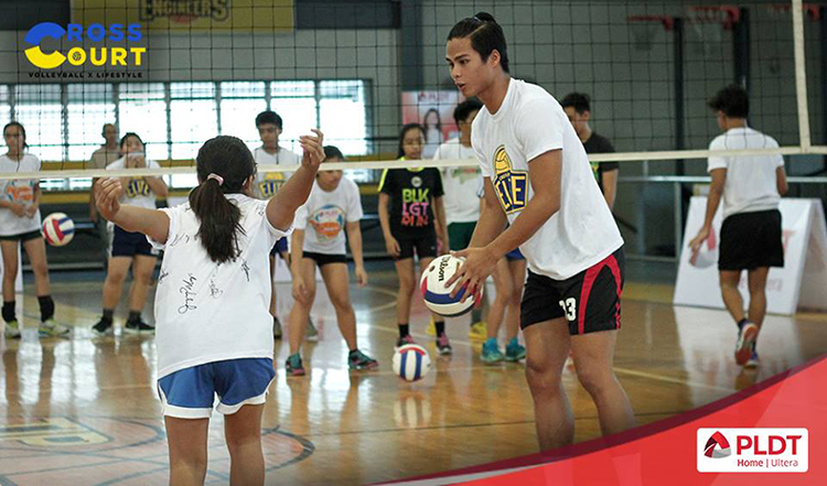 Alyssa Valdez Skills Camp at TIP Manila 2016