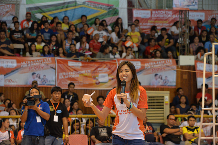 Ateneo Lady Eagle and volleyball standout Gretchen Ho delivered an inspirational message to the sports enthusiasts of Iloilo where she highlighted the importance family's support in achieving dreams.