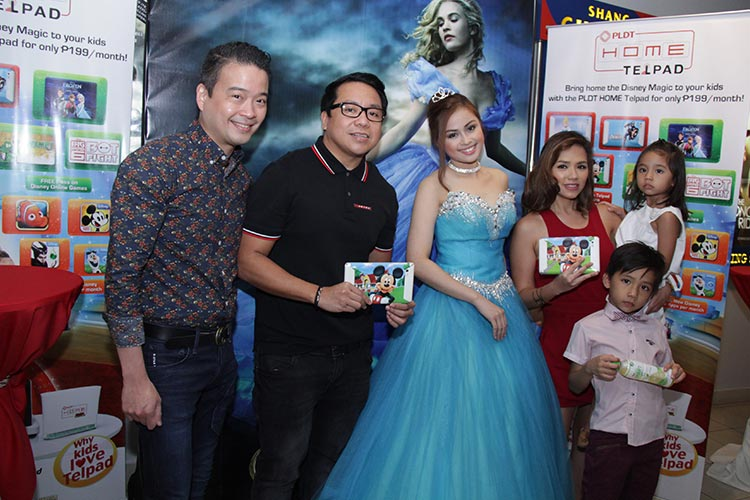 L-R: Patrick Tang, Gary Dujali, modern-day princess, actress and celebrity mom Danica Sotto and children during the block screening of Cinderella by PLDT HOME Telpad.