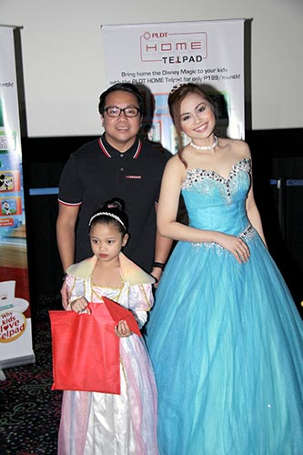 PLDT HOME executives award the three children in Best Costume
