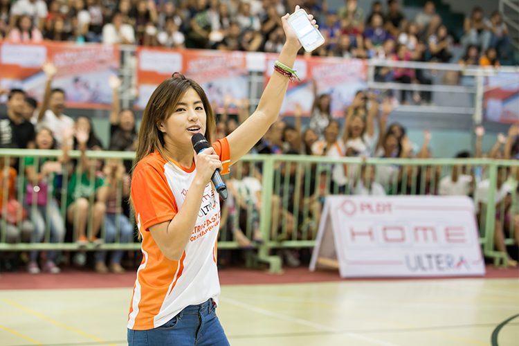 Ateneo Lady Eagles volleyball standout Gretchen Ho ups the energy in the stadium with an inspirational speech