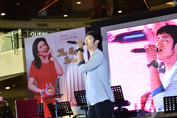 Michael Pangilinan was one of the guests who sang for the crowd during the concert.