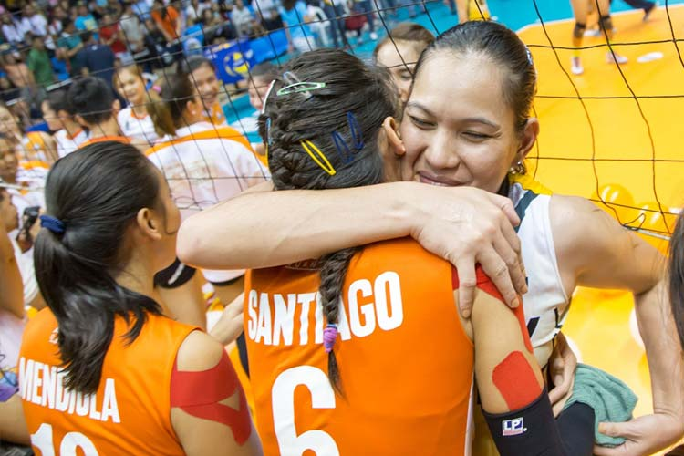 The PLDT HOME Ultera Ultra-Fast Hitters hugged it out with the Philippine Army Lady Troopers, showing great spirit and camaraderie regardless of the outcome.
