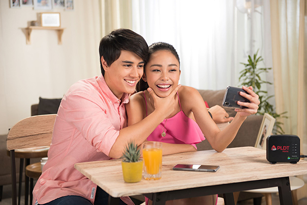 Maymay and Edward take their connection to the next level with PLDT Home Prepaid WiFi